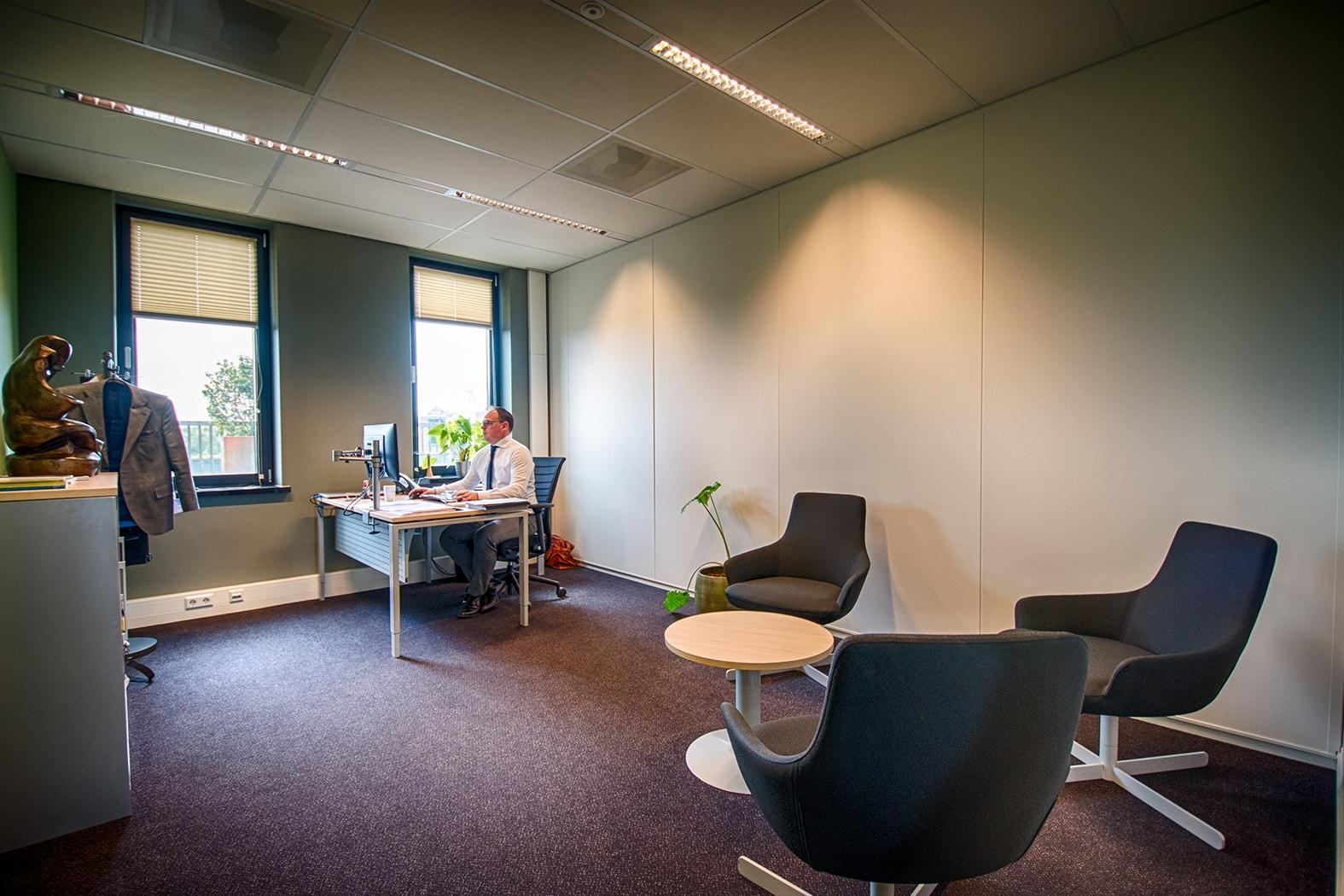 Kantoorruimte huren in Alphen aan den Rijn | Crown Business Center Alphen aan den Rijn