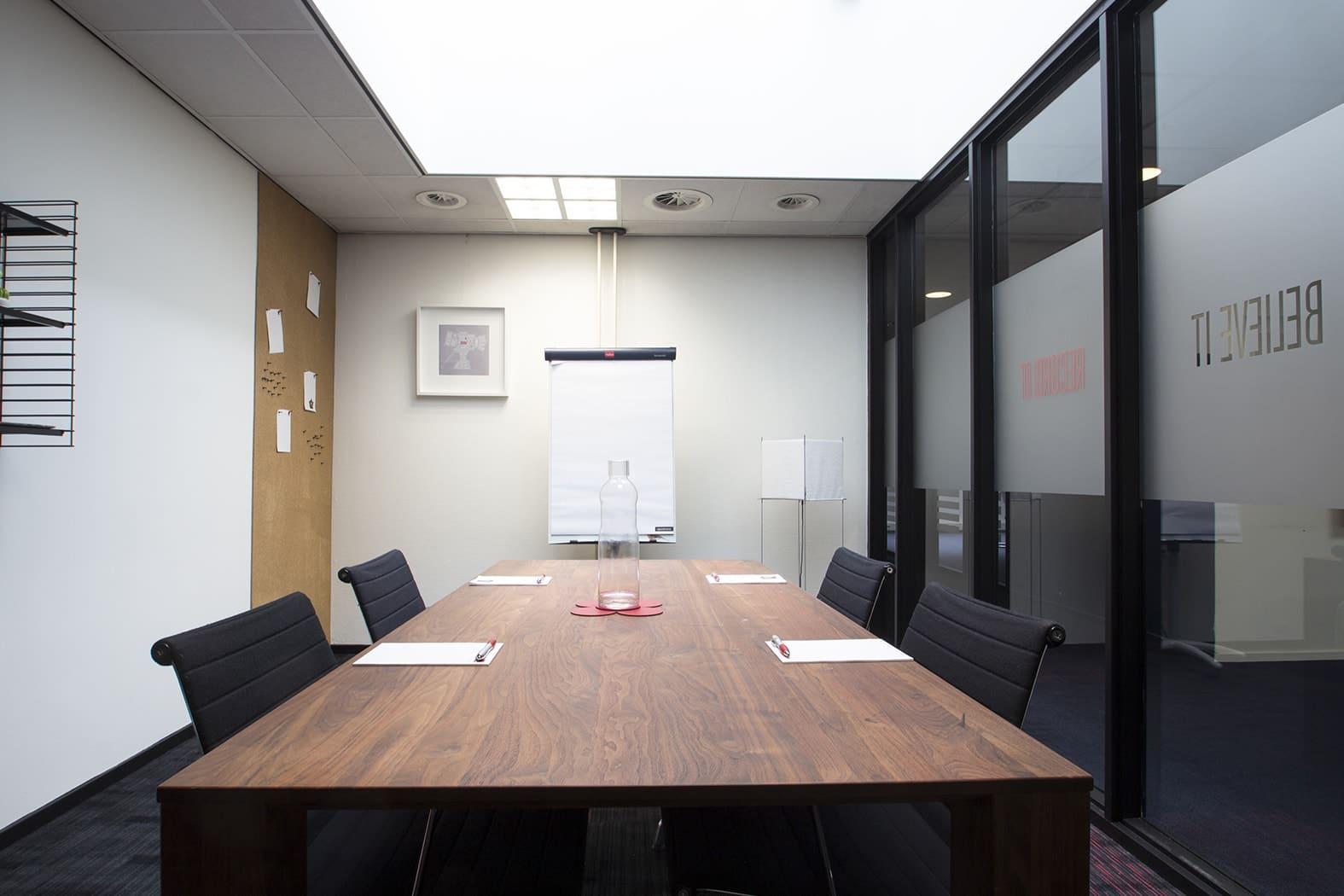 Vergadering in Aalsmeer   Crown Business Center Aalsmeer