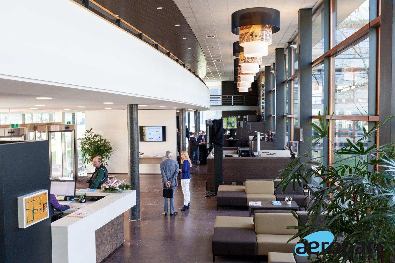 Rondleiding aanvragen | Crown Business Center