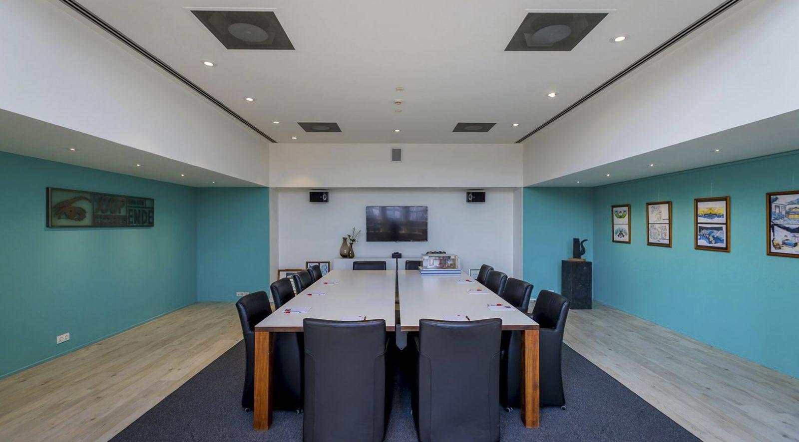 Inspirerende vergaderzaal huren in Aalsmeer | Crown Business Center Aalsmeer