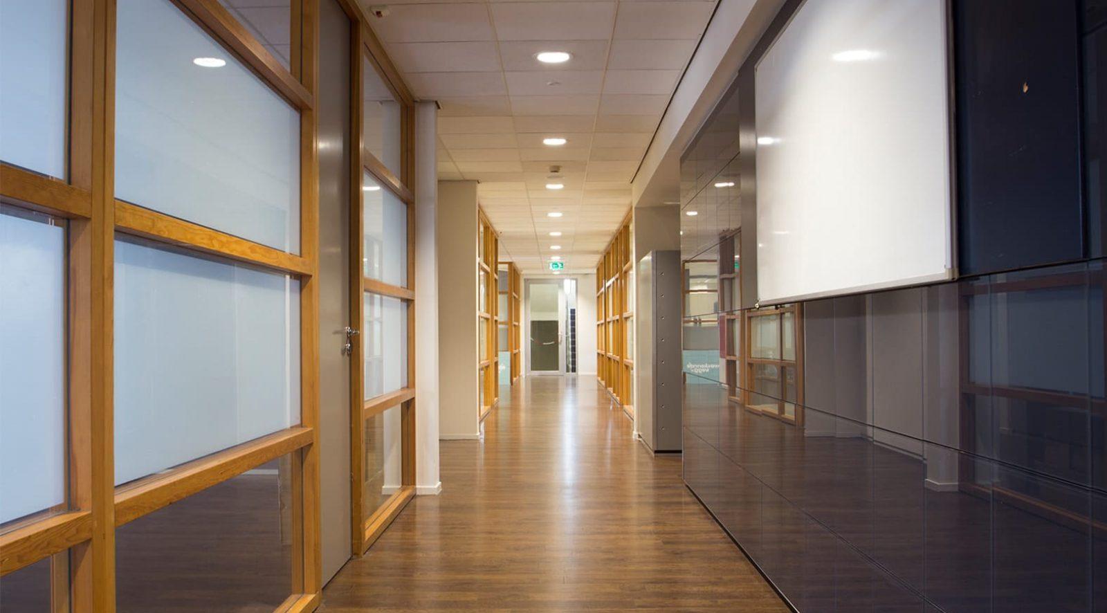 Bedrijfsruimte huren in Aalsmeer   Studio's Aalsmeer   Crown Business Center Aalsmeer