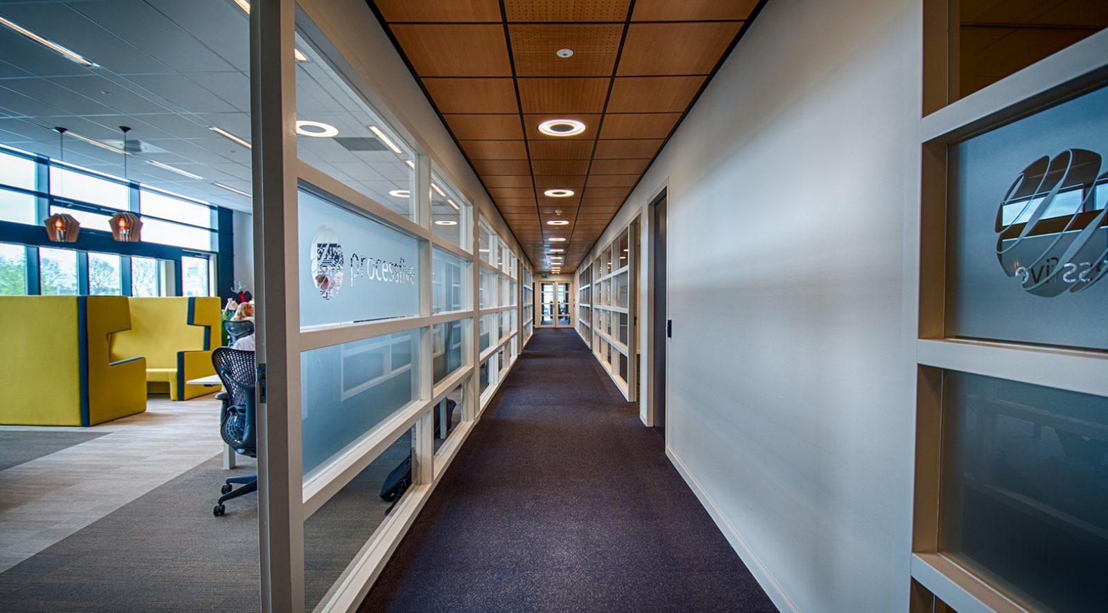 Bedrijfsruimte in Alphen aan den Rijn | Crown Business Center